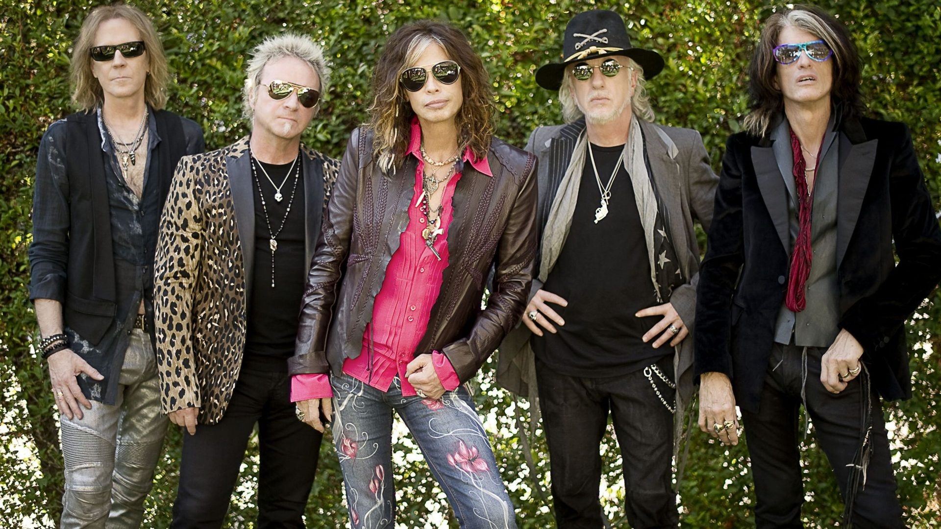 June 27, 1994 – Aerosmith Allows Fans To Download Tracks Free